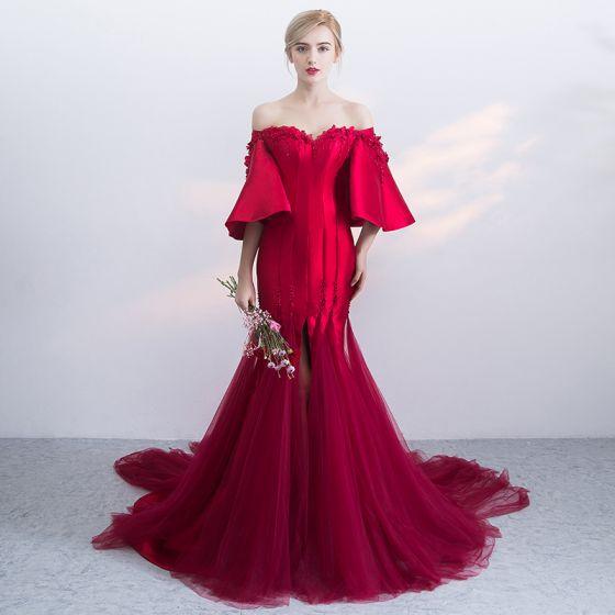 Mode Bourgogne Selskabskjoler 2019 Havfrue Off-The-Shoulder Bell ærmer Applikationsbroderi Med Blonder Perle Beading Split Foran Retten Tog Flæse Halterneck Kjoler
