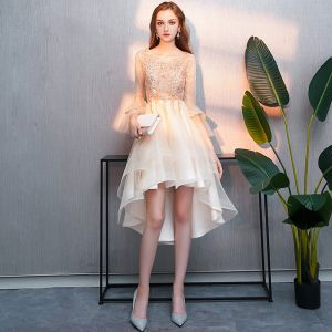 Charming High Low Champagne Cocktail Dresses 2019 A-Line / Princess Scoop Neck Beading Crystal Lace Flower Bell sleeves Asymmetrical Formal Dresses