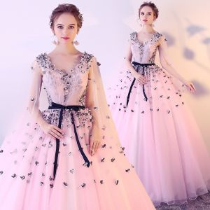 Chic / Beautiful Blushing Pink Prom Dresses 2017 Ball Gown V-Neck Sleeveless Appliques Flower Sash Floor-Length / Long Ruffle Backless Formal Dresses