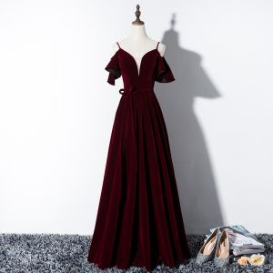 Modest / Simple Burgundy Evening Dresses  2020 A-Line / Princess Spaghetti Straps Suede Bow Short Sleeve Backless Floor-Length / Long Formal Dresses