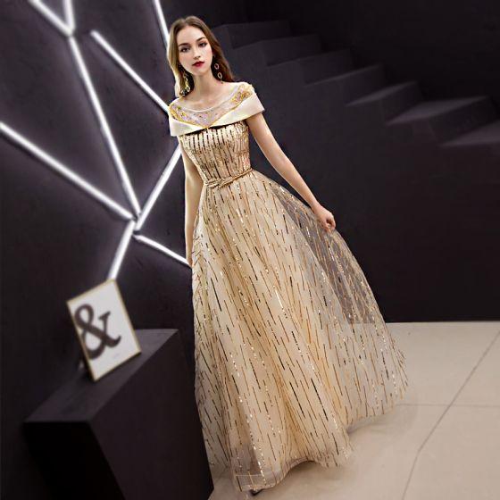 Moderne / Mode Doré Robe De Soirée 2019 Princesse Encolure Dégagée Perlage  Paillettes Manches Courtes Dos Nu