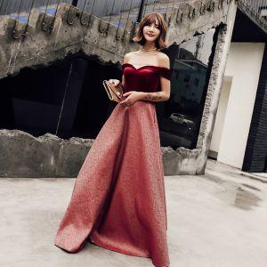 Chic / Beautiful Burgundy Glitter Evening Dresses  2018 A-Line / Princess Off-The-Shoulder Short Sleeve Sash Floor-Length / Long Ruffle Backless Formal Dresses