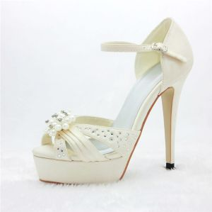 Luxury Bridal Shoes Satin Platform Sandals With Rhinestone Pearl