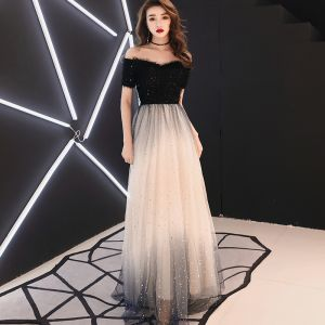 Elegant Black Evening Dresses  2019 A-Line / Princess Off-The-Shoulder Tassel Sequins Short Sleeve Backless Floor-Length / Long Formal Dresses