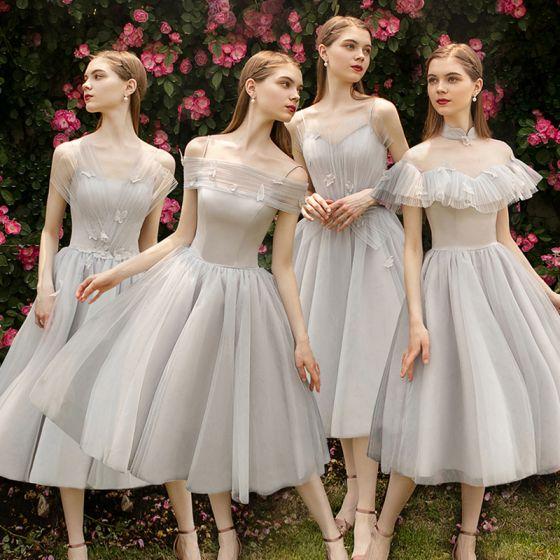 Elegant Grey Bridesmaid Dresses 2019 A-Line / Princess Appliques Lace Flower Tea-length Ruffle Backless Wedding Party Dresses