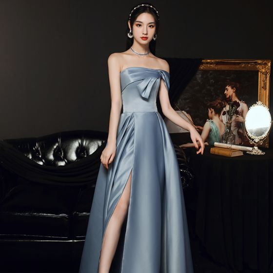 Haut de Gamme Bleu Ciel Satin Dansant Robe De Bal 2021 Princesse Bustier Manches Courtes Fendue devant Longue Volants Dos Nu Robe De Ceremonie