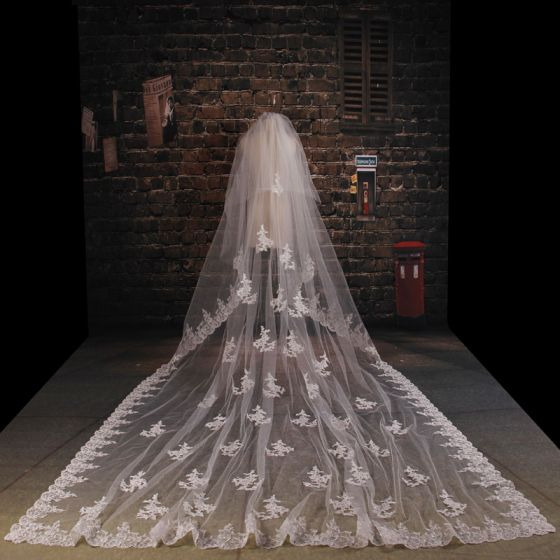 Luxury Tailing super Long Lace laciness Veil Soft Yarn Material