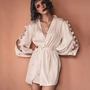 Sexy White Wedding Bridal Bridesmaid V-Neck 3/4 Sleeve Silk Robes 2020 Appliques Lace Sash