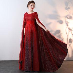 Luxus / Herrlich Glitzernden Bling Bling Burgunderrot Lange Abendkleider 2018 A Linie Mit Umhang Perlenstickerei Pailletten Abend Ballkleider