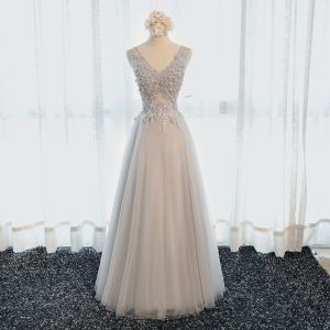 Chic / Beautiful Hall Formal Dresses 2017 Evening Dresses  Grey Floor-Length / Long A-Line / Princess Cascading Ruffles V-Neck Sleeveless Backless Lace Appliques Flower Pearl Beading Sequins