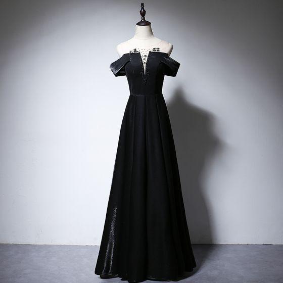 Eleganta Svarta Aftonklänningar 2020 Prinsessa Urringning Beading Korta ärm Halterneck Långa Formella Klänningar