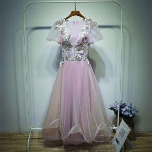 Encantador Rosa Vestidos para bodas Vestidos De Damas De Honor 2017 Con Encaje Flor Scoop Escote Manga Corta La altura del tobillo A-Line / Princess