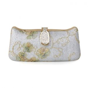 Elegant Retro Embroidered Handbag Ethnic Dress Holding A Packet Clutch Bags