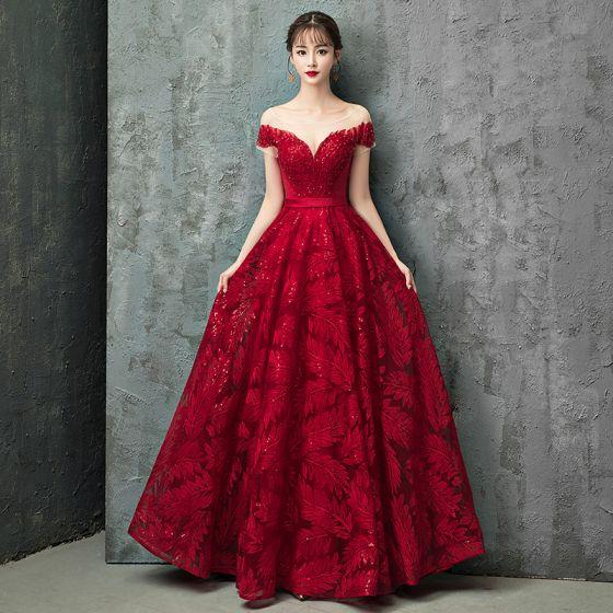 Encantador Borgoña Vestidos De Noche 2019 A Line Princess Scoop Escote Con Encaje Rebordear Crystal Lentejuelas Manga Corta Sin Espalda Largos