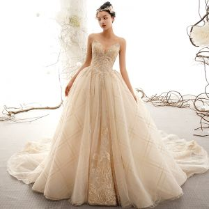 Luxury / Gorgeous Champagne Wedding Dresses 2019 Ball Gown Sweetheart Sleeveless Backless Appliques Lace Beading Glitter Tulle Chapel Train Ruffle