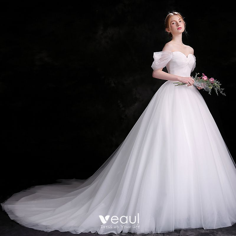 Modest / Simple White Wedding Dresses 2018 Ball Gown Off