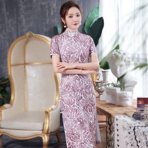 Chinesischer Stil Traube Cheongsam 2020 Stehkragen Kurze Ärmel Drucken Blumen Polyester Wadenlang Festliche Kleider