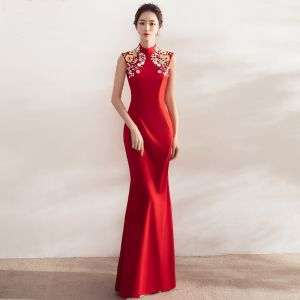 Chinese style Red Evening Dresses  2017 Trumpet / Mermaid High Neck Sleeveless Appliques Flower Crystal Pearl Rhinestone Floor-Length / Long Backless Formal Dresses