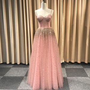 Atemberaubend Pearl Rosa Glanz Abendkleider 2019 Prinzessin Spaghettiträger Ärmellos Handgefertigt Perlenstickerei Lange Rüschen Rückenfreies Festliche Kleider