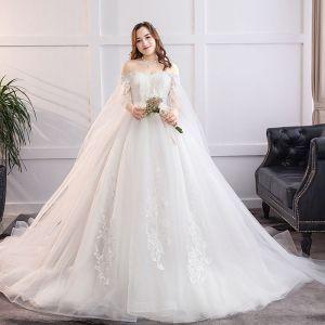 Fabuleux Blanche Robe Boule Grande Taille Robe De Mariée 2019 Dentelle Tulle Appliques Dos Nu Bustier Chapel Train Mariage