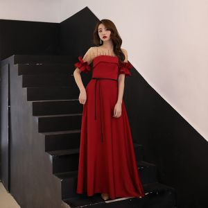 Elegant See-through Burgundy Charmeuse Evening Dresses  2019 A-Line / Princess Square Neckline Short Sleeve Rhinestone Sash Floor-Length / Long Ruffle Backless Formal Dresses
