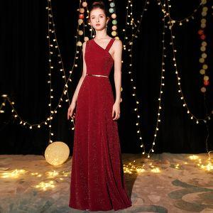 Elegante Burgunderrot Abendkleider 2019 A Linie Ärmellos Glanz Polyester Metall Stoffgürtel Lange Rüschen Rückenfreies Festliche Kleider