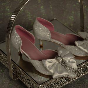 Elegancka Cekinami Srebrny Buty Ślubne 2020 Satyna Kokarda Rhinestone Kutas 4 cm Szpilki Niski Obcas Szpiczaste Ślub Na Obcasie