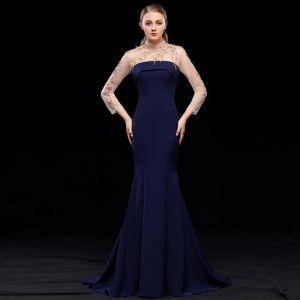 Piękne Granatowe Sukienki Wieczorowe 2019 Syrena / Rozkloszowane Wysokiej Szyi Frezowanie Długie Rękawy Bez Pleców Trenem Sweep Sukienki Wizytowe
