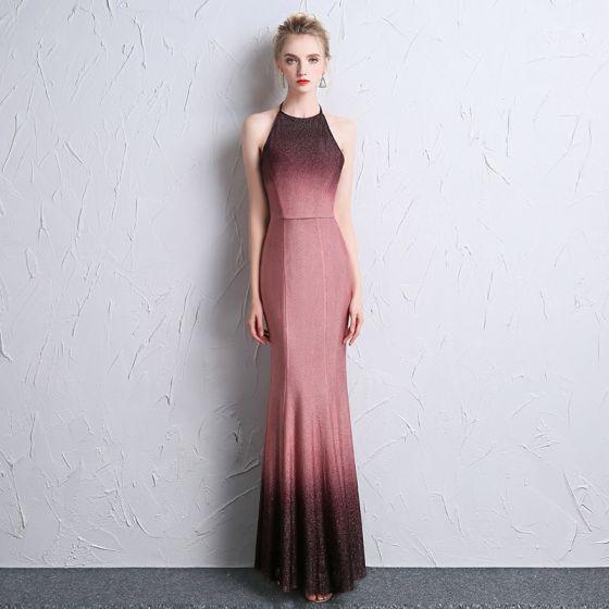 Moda Degradado De Color Vestidos de noche 2018 Trumpet / Mermaid Halter Cremallera Sin Espalda Poliéster Noche Vestidos Formales