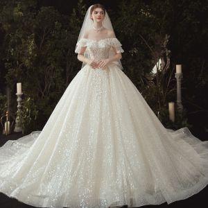 Luksusowe Szampan Suknie Ślubne 2020 Suknia Balowa Przy Ramieniu Aplikacje Frezowanie Cekiny Z Koronki Kwiat Kótkie Rękawy Bez Pleców Trenem Królewski