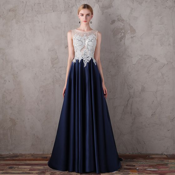 Chic / Beautiful Navy Blue Evening Dresses  2017 A-Line / Princess Lace U-Neck Appliques Backless Beading Evening Party Formal Dresses