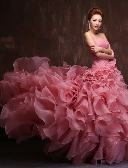 Amazing Sweetheart Sleeveless Cascading Ruffle Organza Prom Dress