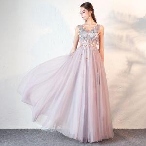 Fine Lavendel Ballkjoler 2018 Prinsesse Blonder Appliques Beading Krystall V-Hals Ryggløse Uten Ermer Lange Formelle Kjoler
