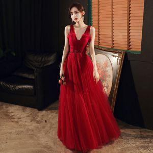 Mode Rode Avondjurken 2020 A lijn V-Hals Mouwloos Kralen Glans Tule Lange Ruche Ruglooze Gelegenheid Jurken