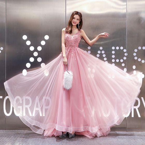 High-end Sukkertøyrosa Selskapskjoler 2020 Prinsesse V-Hals Uten Ermer Appliques Blonder Beading Feie Tog Buste Ryggløse Formelle Kjoler
