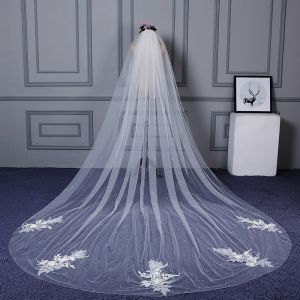 Chic / Beautiful White Cathedral Train Wedding Appliques Beading Tulle Wedding Veils 2018
