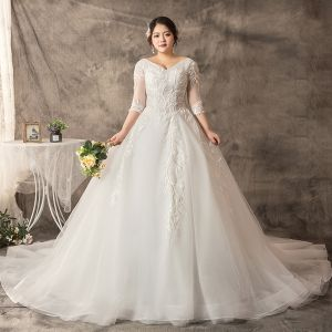 Amazing / Unique White Plus Size Ball Gown Wedding Dresses 2019 V-Neck Lace Tulle Appliques Backless Handmade  Chapel Train Wedding