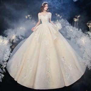 Piękne Szampan ślubna Suknie Ślubne 2020 Suknia Balowa Przy Ramieniu Kótkie Rękawy Bez Pleców Cekinami Tiulowe Aplikacje Z Koronki Frezowanie Trenem Katedra