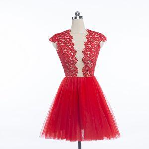 Sexy Rot Partykleider 2018 Kurze Rundhalsausschnitt Spitze Blumen Ärmellos Rückenfreies Festliche Kleider