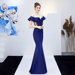 Charming Solid Color Navy Blue Evening Dresses  2019 Trumpet / Mermaid Off-The-Shoulder Beading Sequins Lace Flower Short Sleeve Backless Floor-Length / Long Formal Dresses