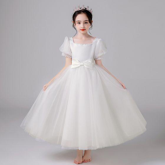 Flotte Ivory Bryllup Pige Kjoler 2021 Prinsesse Firkantet Halsudskæring Perle Sløjfe Kort Ærme Lange Kjoler Til Bryllup