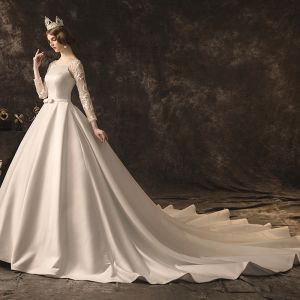 Elegant Ivory Wedding Dresses 2019 A-Line / Princess Scoop Neck Bow Lace Flower Long Sleeve Backless Cathedral Train