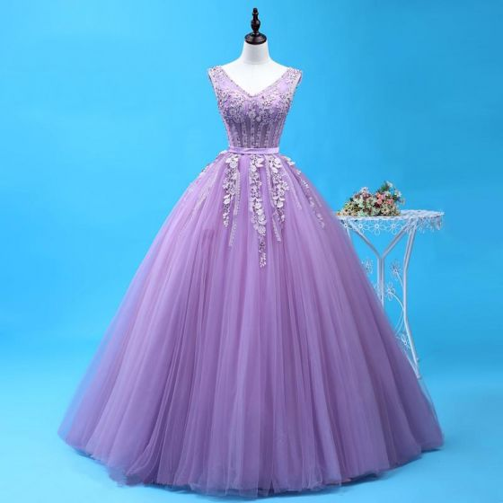 Chic / Beautiful Lavender Quinceañera Prom Dresses 2018 Ball Gown Lace Appliques Crystal Sash Sequins V-Neck Backless Sleeveless Floor-Length / Long Formal Dresses