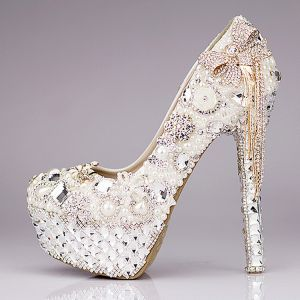 Chic / Beautiful 2017 14 cm White Casual PU Crystal Rhinestone High Heels Stiletto Heels Pumps Wedding Shoes