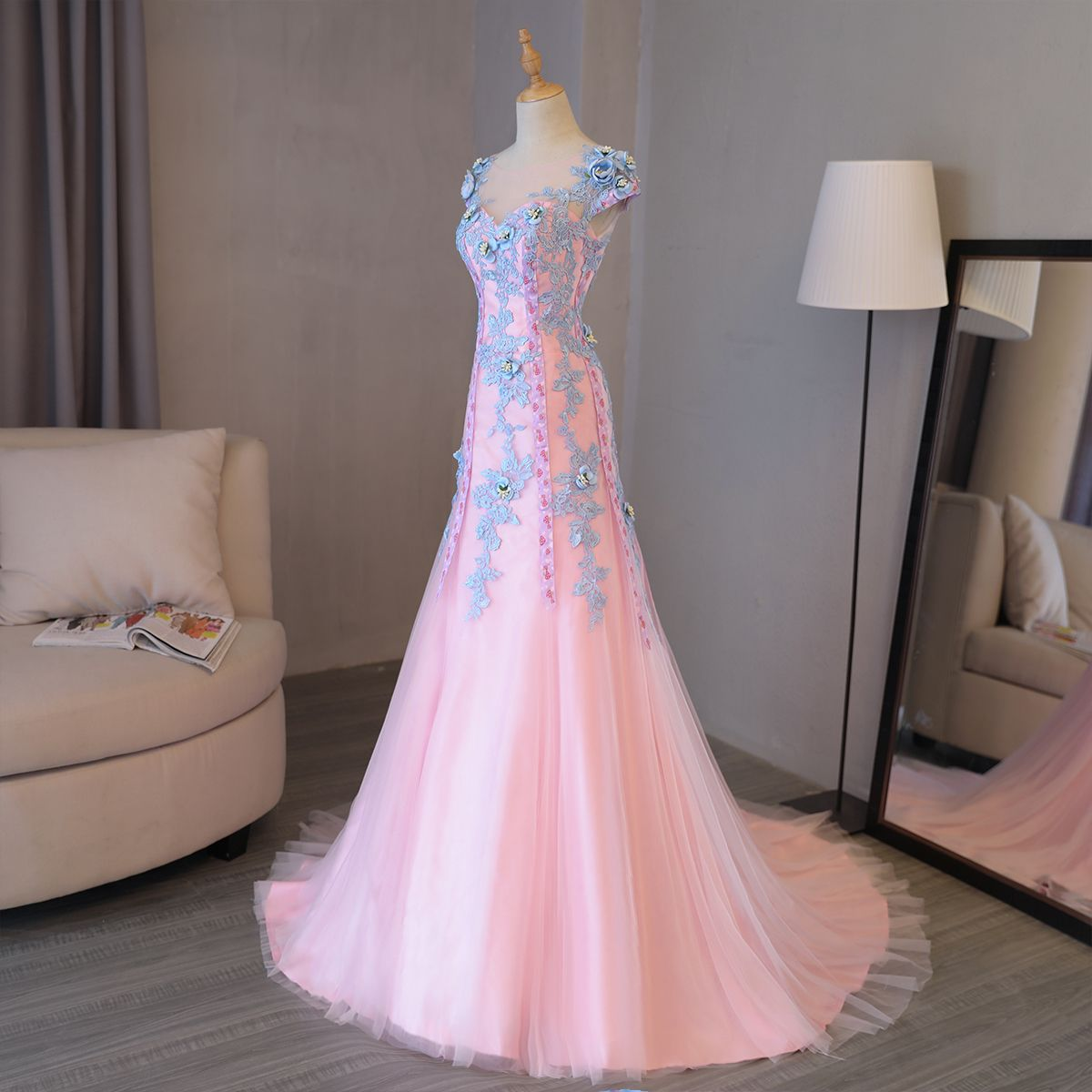 Chic / Beautiful Evening Party Formal Dresses 2017 Candy Pink Evening Dresses  Sheath / Fit Chapel Train Scoop Neck Short Sleeve Backless Artificial Flowers Lace Appliques