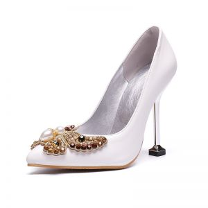 Schöne Ivory / Creme Cocktail Pumps 2020 Perle Strass Schmetterling 9 cm Stilettos Spitzschuh Pumps