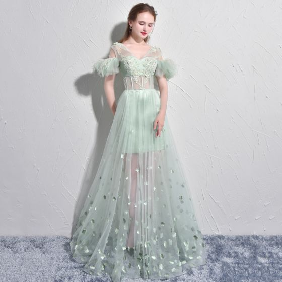 Amazing / Unique Sage Green Evening Dresses  2017 A-Line / Princess V-Neck Lace Feather Appliques Backless Beading Evening Party Formal Dresses