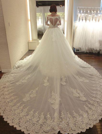 Luxe Robe De Mariée 2016 V-cou Paillettes Dentelle Cardioïde Dos Nu Robe De Mariage Avec Une Longue Queue