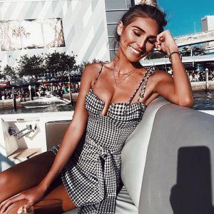 Overkommelige Sorte Hvide Ternet Sommer Maxikjoler 2020 Spaghetti Straps Ærmeløs Halterneck Korte Tøj til kvinder