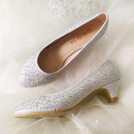 Mooie / Prachtige Zilveren Bruidsschoenen 2020 Rhinestone 3 cm Lage Hak Spitse Neus Huwelijk Pumps